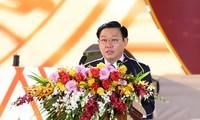 Vuong Dinh Huê participe au 90e anniversaire de la fondation de Pleiku