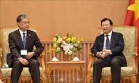 Trinh Dinh Dung rencontre le vice-président du conseil FEC (Japon)