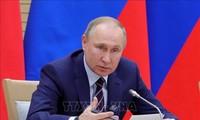 Vladimir Poutine discute de la Libye, de l'Iran et de l'Ukraine avec le président du Conseil européen