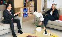 Hanoï offre plus de 150 milles masques de protection à l'Ile-de-France