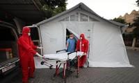 Coronavirus: 5400 nouveaux cas en France, 838 000 morts dans le monde...