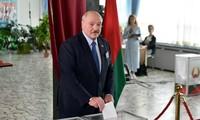 Loukachenko : La Biélorussie fermera ses frontières avec la Pologne et la Lituanie