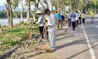 Huê : Un dimanche vert pour embellir la ville après le typhon Nuol