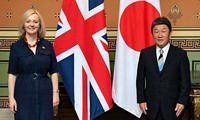 Le Royaume-Uni signe son premier accord commercial majeur post-Brexit