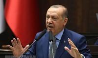Erdogan appelle au dialogue avec l'Europe