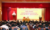 Des dirigeants du Parti et de l'Assemblée nationale rencontrent leurs électeurs