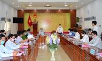 La Direction nationale anti-Covid-19 travaille avec les responsables de Dông Thap