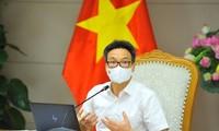 Le vice-Premier ministre Vu Duc Dam travaille avec le Comité du Parti de Hô Chi Minh-ville