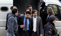Turkey threatens to punish Greece