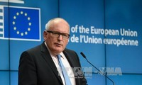EU urges UK to specify post-Brexit relations