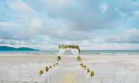 Wedding planners find joy in others' happiness