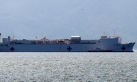 US Navy hospital ship concludes mission in Khanh Hoa