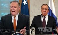 Lavrov, Pompeo discuss international issues