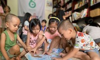 Private library nurtures children's love for books