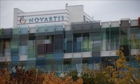 Novartis, Roche team up on COVID pneumonia drug