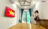 Vietnamese students attend special school opening ceremonies