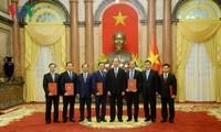 Le chef de l'Etat nomme plusieurs ambassadeurs