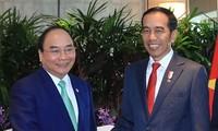 Rencontres de Nguyên Xuân Phuc avec des dirigeants de pays aséaniens