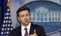 US not link Iran cooperation against Islamic State to nuclear negotiations