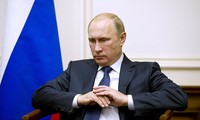Russia accuses US of attempting to change regime in Moscow