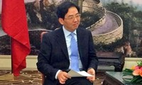 Enhancing Vietnam-China friendship and cooperation