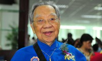 Legendary Vietnamese musicologist Tran Van Khe dies at 94