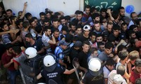 Europe seeks measures to deal with immigration crisis