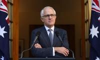 Australia's new PM announces cabinet
