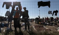 Hungarian PM warns about influx of migrant