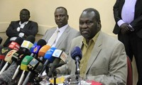 South Sudan government commits to honor peace deal