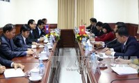 Fronts of Vietnam, Laos to boost cooperation in educating traditions