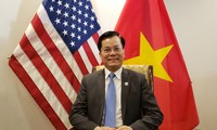 Vietnam Embassy in US support students during pandemic