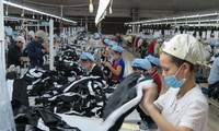 Vietnam enjoys 3 billion USD trade surplus in first four months