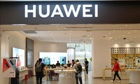 US tightens restrictions on Huawei's access to technology