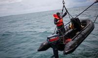 Indonesia retrieves black box from crashed Sriwijaya Air plane