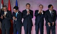아세안 외무장관들, 회의에서 베트남 동해 문제 토론