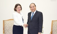 베트남 응우옌 쑤언 푹 총리, 호주 대사 접견