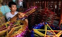 Herstellung von Stern-Laternen für das Vollmondfest