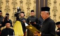 Der malaysische Premierminister stellt das neue Kabinett vor