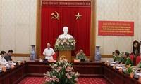 Parlamentspräsident Nguyen Sinh Hung tagt mit Parteileitung der Polizeibehörde