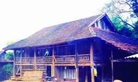 Pfahlhäuser der schwarzen Thai