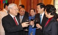 KPV-Generalsekretär Nguyen Phu Trong trifft ehemalige hochrangige Politiker