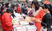 Der 12. Tag für vietnamesische Gedichte wird im Literaturtempel eröffnet