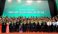 """100 Unternehmer bekommen den Titel """"junge ausgezeichnete Unternehmer"""""""