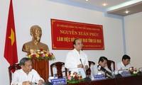 Vize-Premierminister Nguyen Xuan Phuc zu Gast in der Provinz Ca Mau