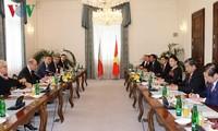 Parlamentspräsidenti Nguyen Thi Kim Ngan beendet ihren Besuch in Tschechien