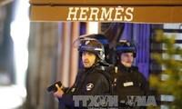 Anschlag in Paris: Französischer Präsident beruft Sondersitzung ein