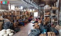 Einzigartigkeit des Bambus- und Rattanflechtens im Dorf Phu Vinh