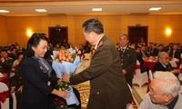 Polizei-Ministerium trifft Vertreter des Gesundheitswesens zum Tag der vietnamesischen Ärzte