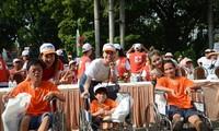 Spaziergang zur Unterstützung der Agent-Orange-Opfer und bedürftige Behinderte